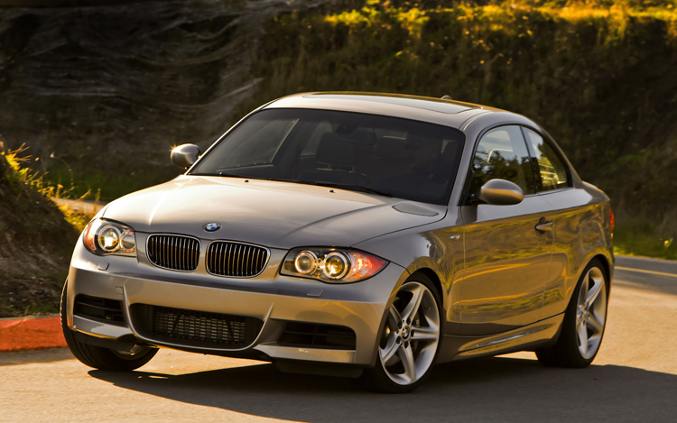 2008 bmw 128i coupe first drive motor trend. Black Bedroom Furniture Sets. Home Design Ideas