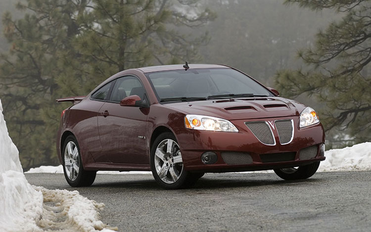 2008 pontiac g6 gxp coupe first drive motor trend. Black Bedroom Furniture Sets. Home Design Ideas