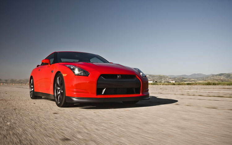 2009 nissan gt r photo gallery motor trend. Black Bedroom Furniture Sets. Home Design Ideas