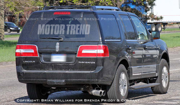 Lincoln Navigator With New 4 4 Liter Diesel Spied