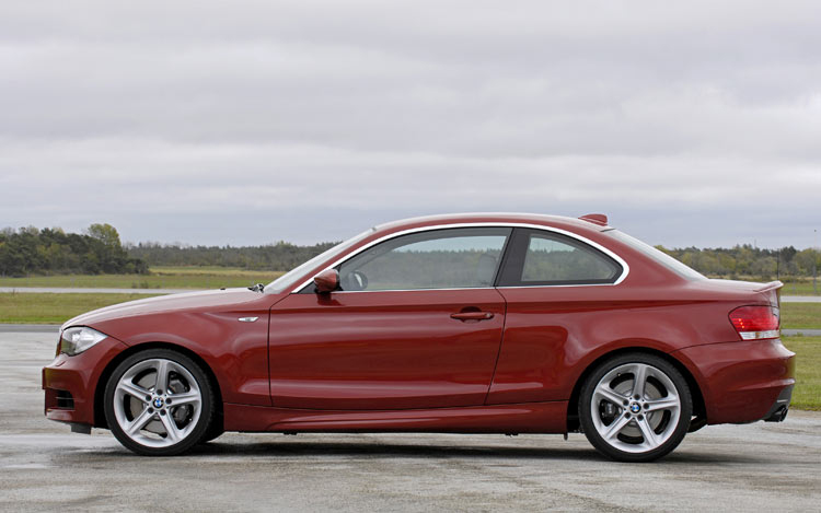 BMW Series First Test Of The BMW I Motor Trend - Bmw 1281