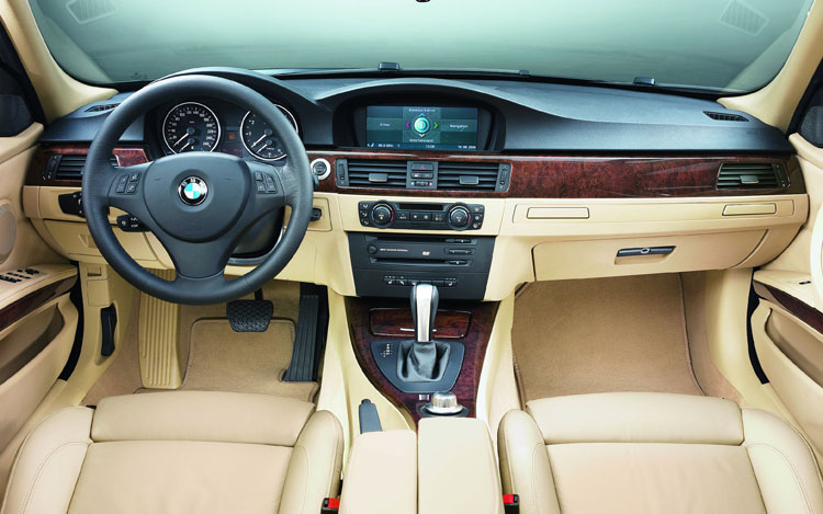2008 Vs 2009 Bmw 3 Series Comparison Gallery Motor Trend