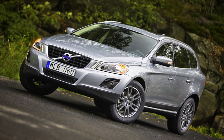2010 volvo xc60 first drive behind the wheel of the 2010. Black Bedroom Furniture Sets. Home Design Ideas