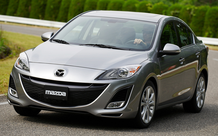 http://enthusiastnetwork.s3.amazonaws.com/uploads/sites/5/2008/11/112_0811_08z-2010_mazda3-front_motion1.jpg
