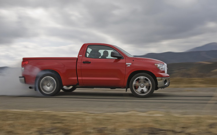 2008 toyota tundra trd supercharged first test motor trend. Black Bedroom Furniture Sets. Home Design Ideas