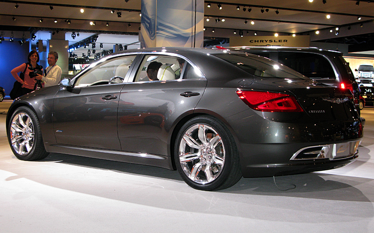 Chrysler 200c Ev Concept First Photos And Details Of