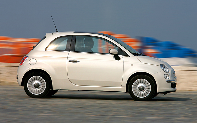 Fiat 500 photo gallery motor trend for Is motor trend on demand worth it