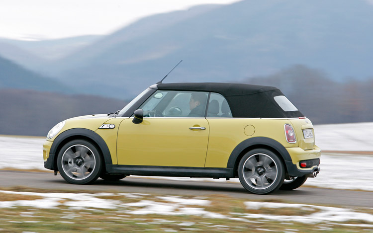 service manual how to take a 2009 mini cooper tire off