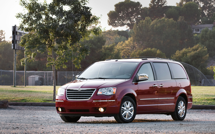 2008 chrysler town country long term update 4 motor trend. Black Bedroom Furniture Sets. Home Design Ideas