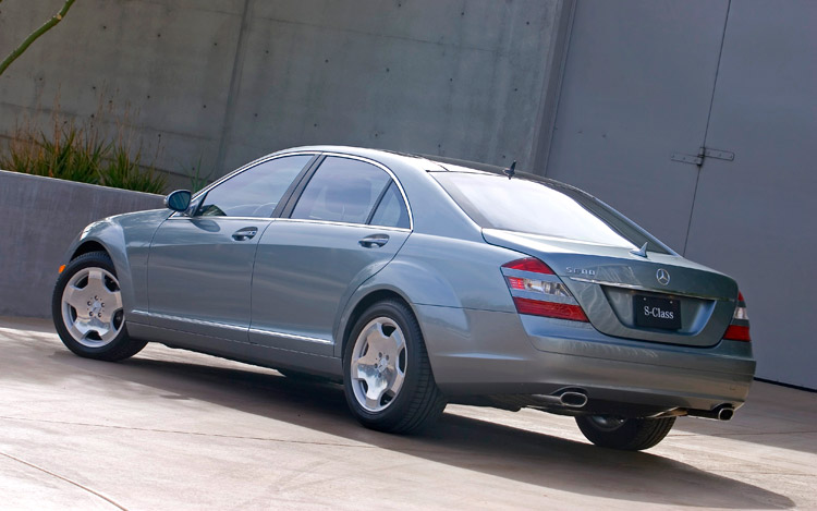 2010 mercedes benz s class comparison gallery motor trend for 2009 mercedes benz s550 price