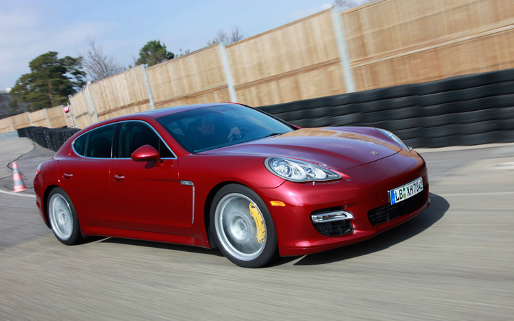 2010 porsche panamera first drive and review motor trend. Black Bedroom Furniture Sets. Home Design Ideas