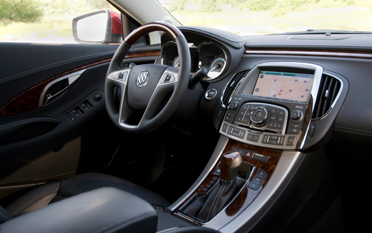 2010 buick lacrosse cxs first test motor trend. Black Bedroom Furniture Sets. Home Design Ideas