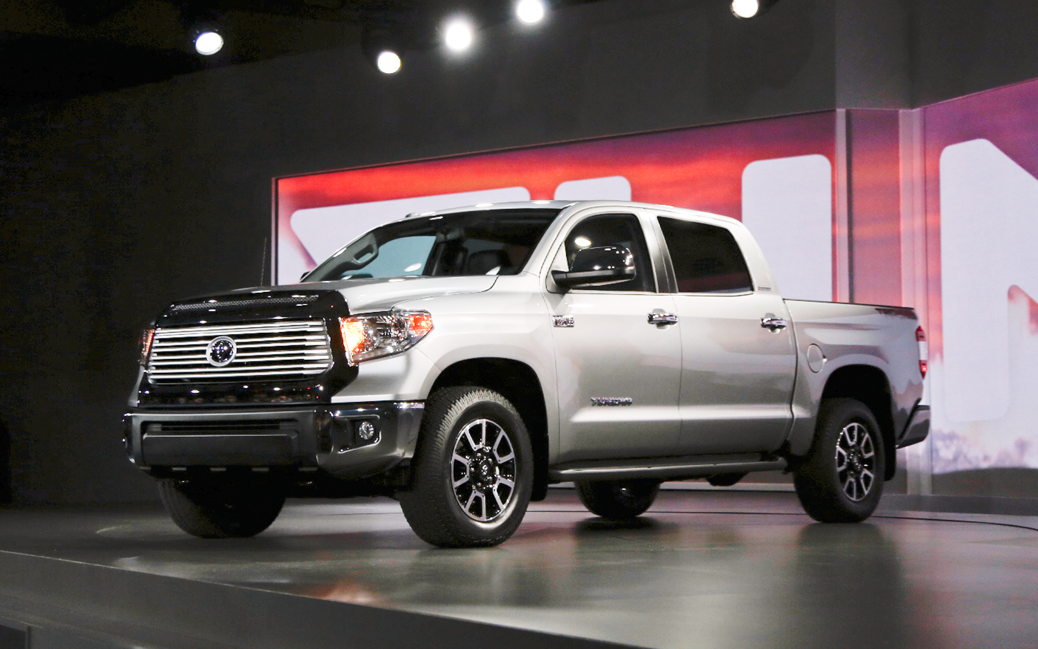 Ford, GM, Ram, And Toyota Have Been Warring For Years About Their Trucksu0027  Ever Increasing Towing Capacity Claims Even Though There Was Never Any  Agreed Upon ...