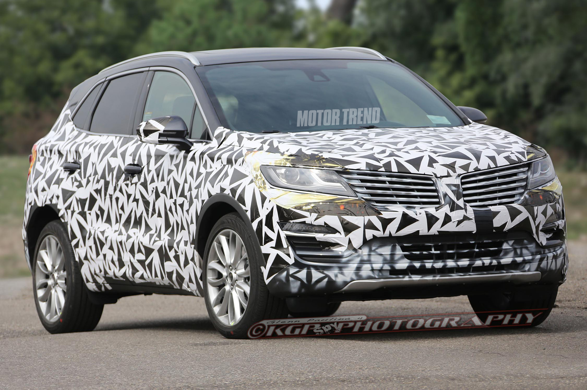 Article | Spied! 2015 Lincoln MKC Prototype Looks Close to Stunning ...