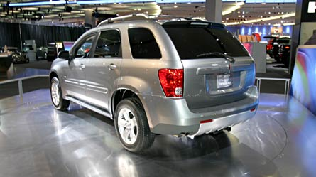 Pontiac Torrent Rear Drivers Side View on 2004 Subaru Outback