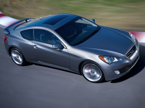 2010 hyundai genesis coupe first drive hyundai sports coupe review automobile magazine. Black Bedroom Furniture Sets. Home Design Ideas