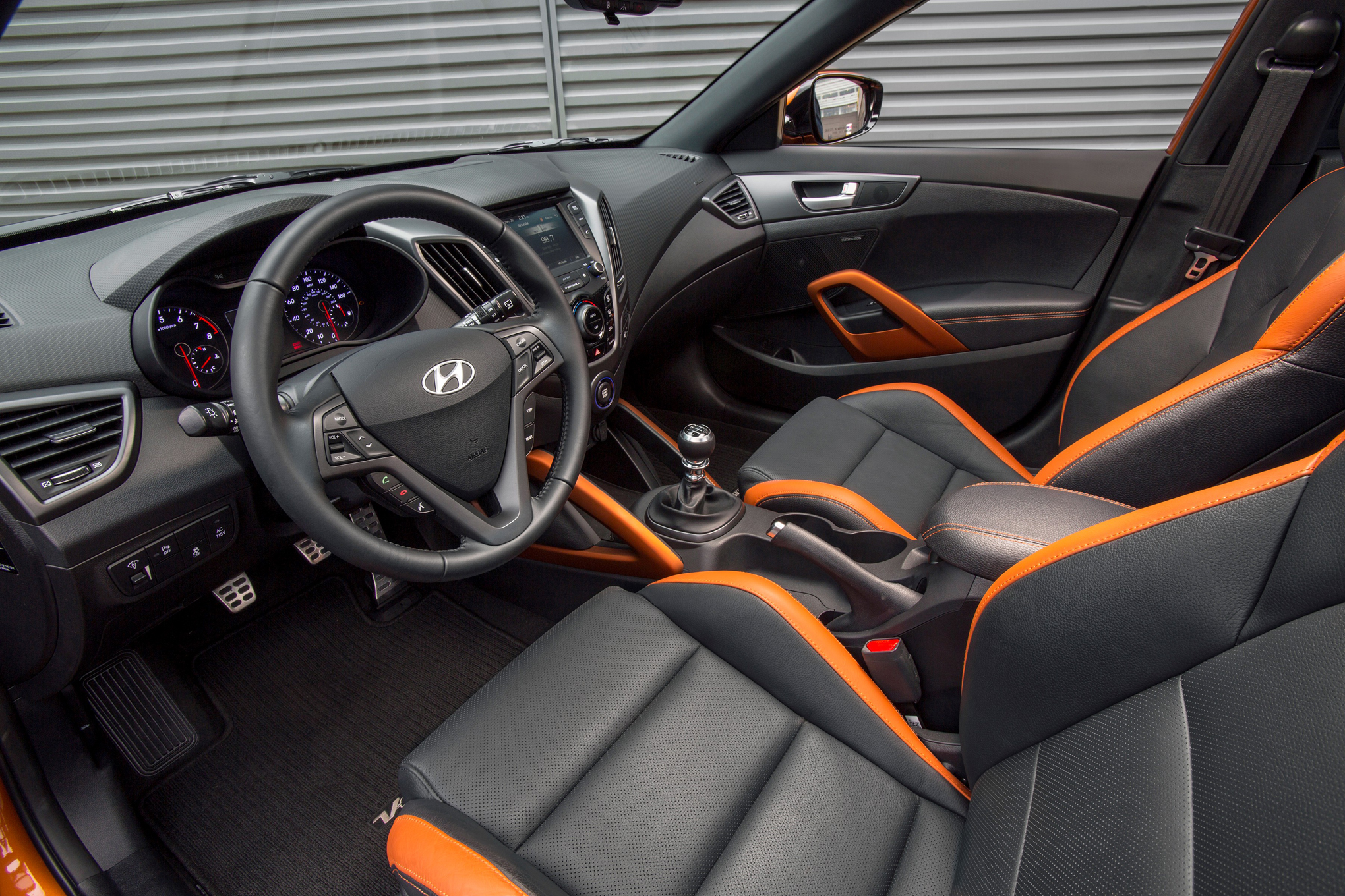 2016 Hyundai Veloster Turbo Unveiled In Chicago With New 7 Speed Dct