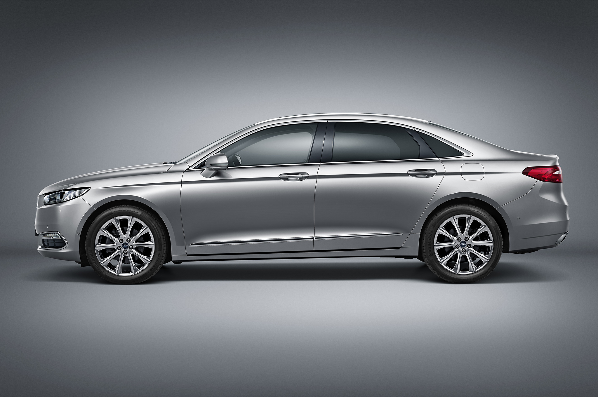 2016 ford taurus revealed for china