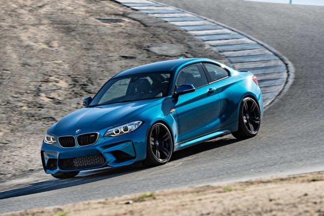 2016 BMW M2 front three quarters in motion 02