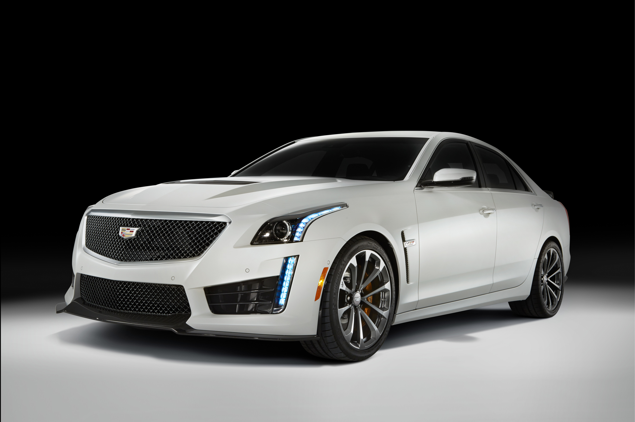 2016 Cadillac Cts V First Look Motor Trend Hot Rod Network