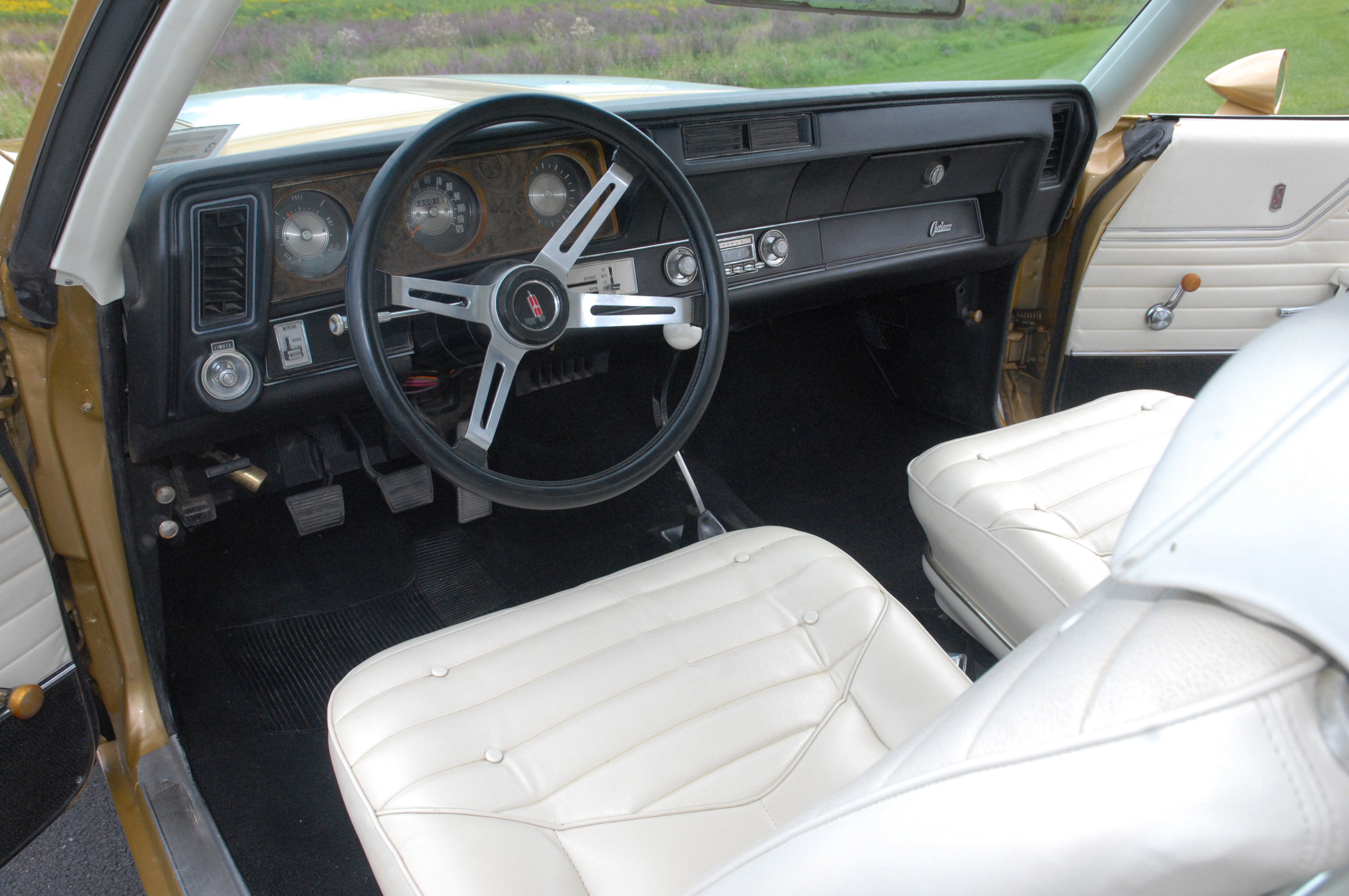 Weird Options Set this 1970 Oldsmobile Cutlass S Apart from