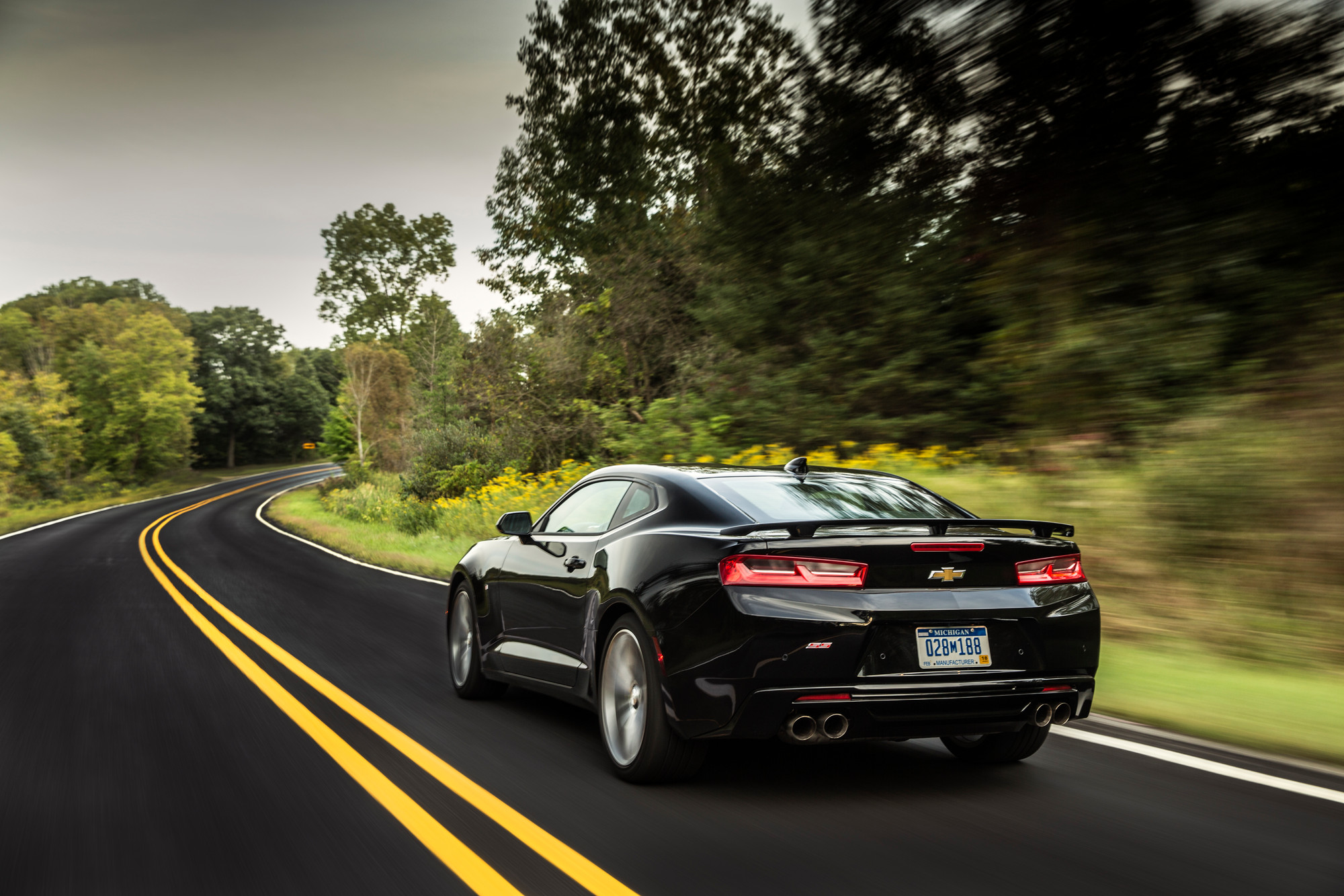 official 2016 camaro performance numbers and curb weights are here rh hotrod com