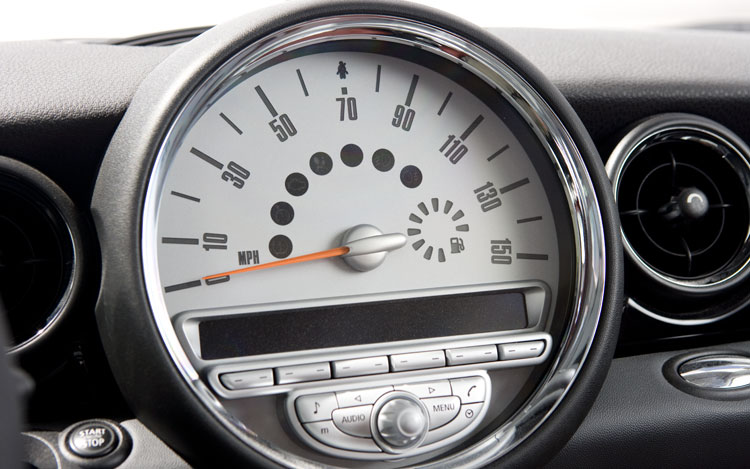 Z Mini Cooper Speedometer View