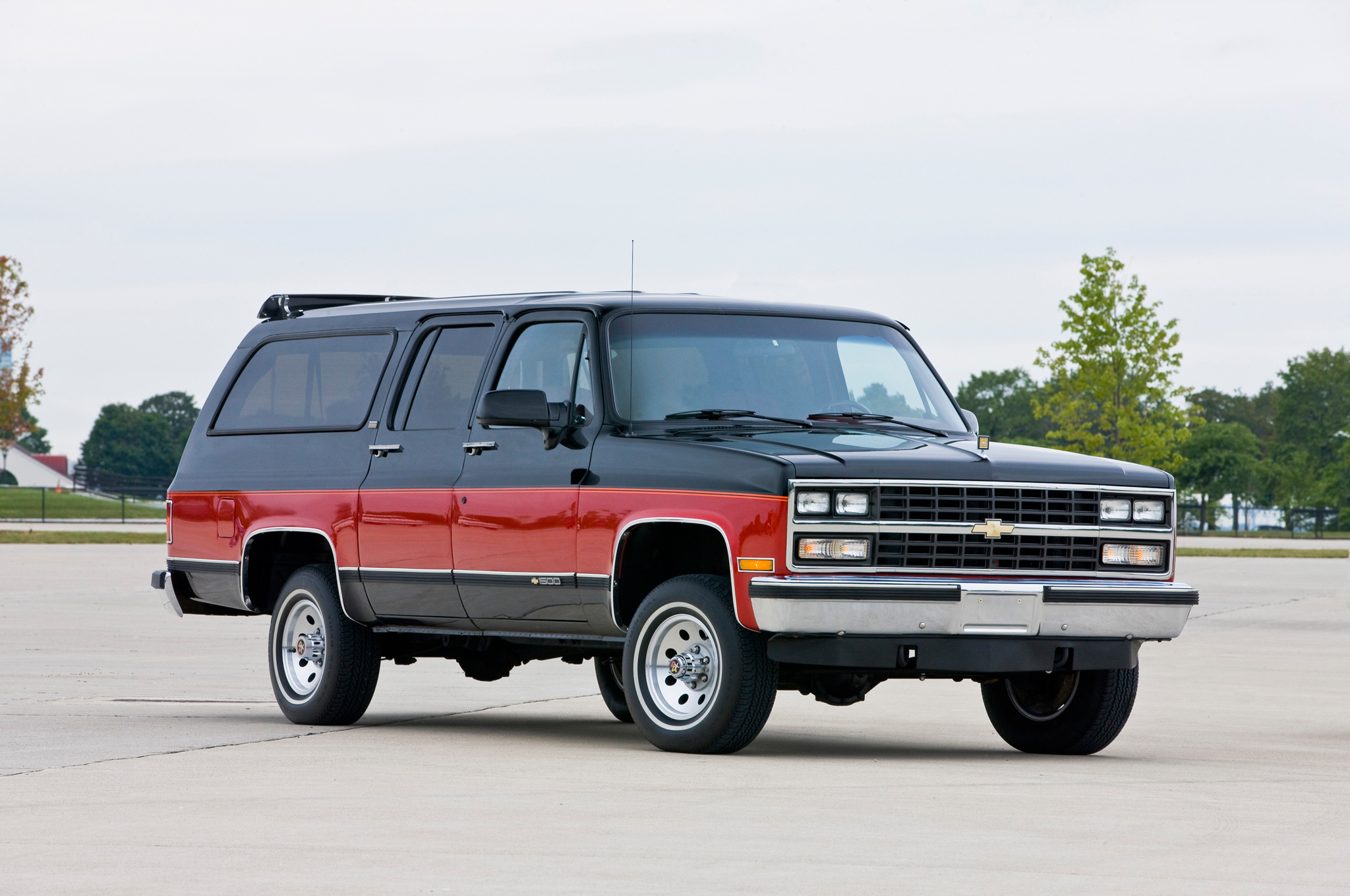 Chevrolet Suburban Evolution Of An Icon