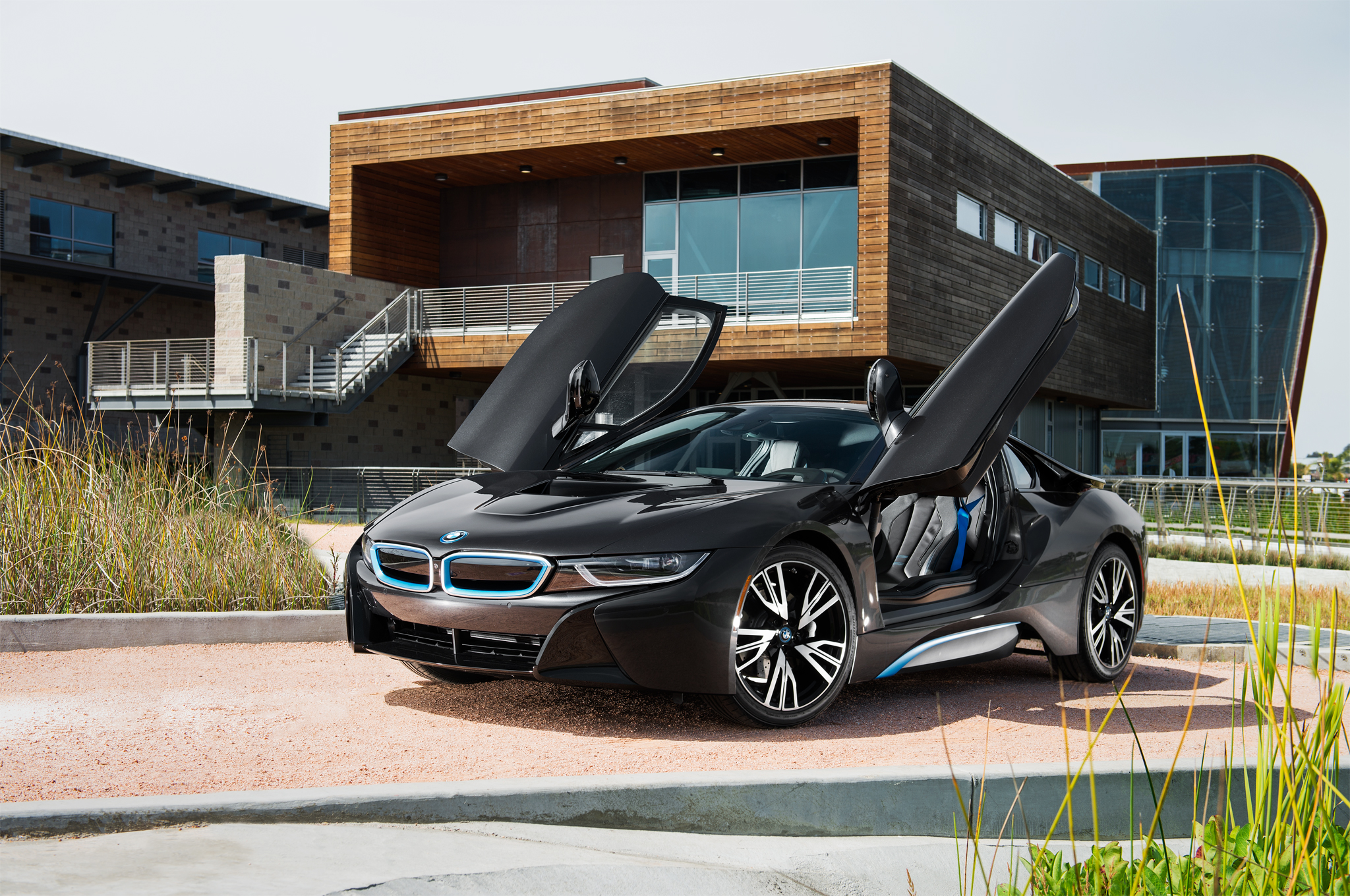 2014 Bmw I8 First Drive It S A Masterpiece Motor Trend