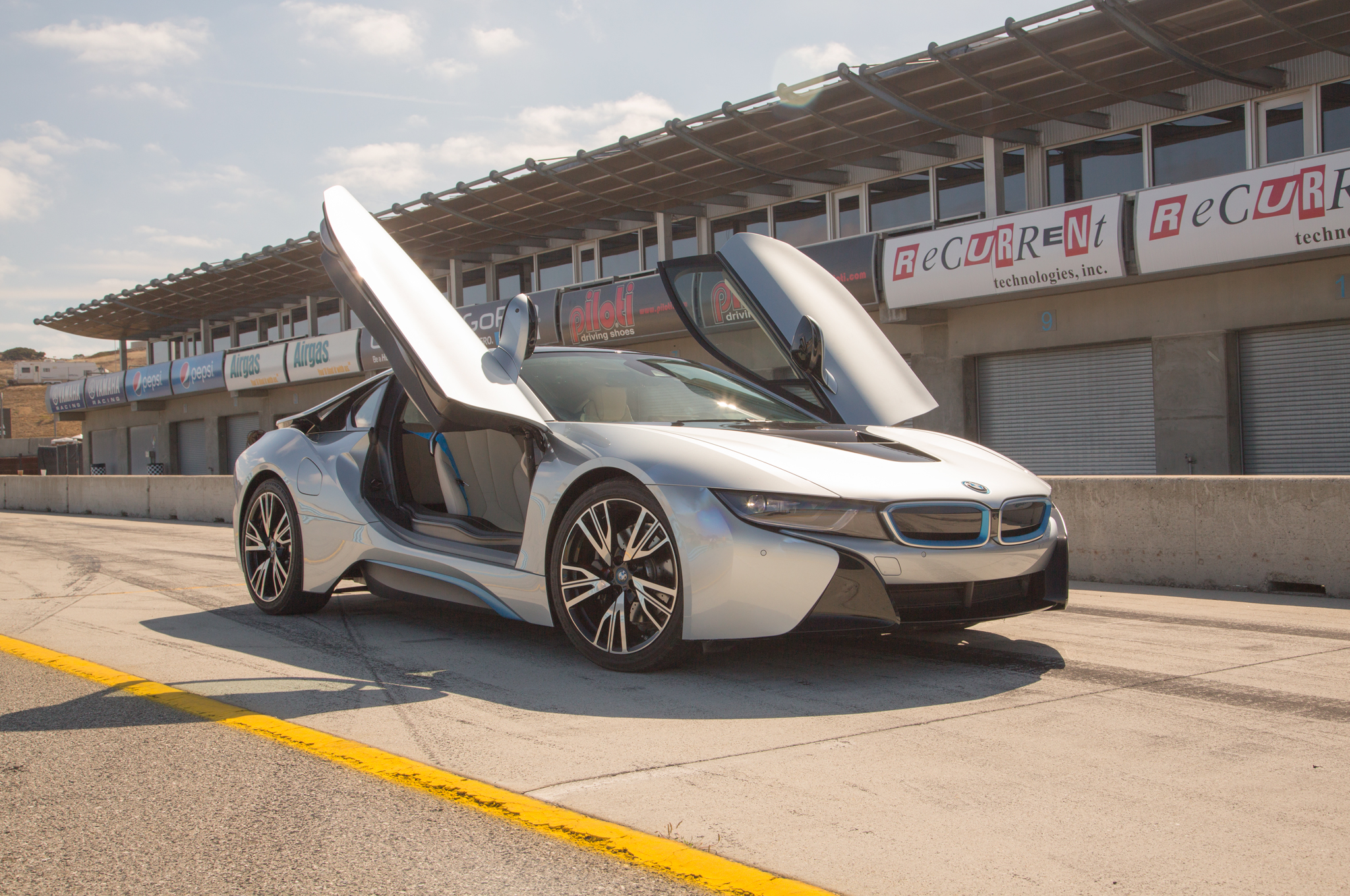 2014 Bmw I8 First Test Motor Trend