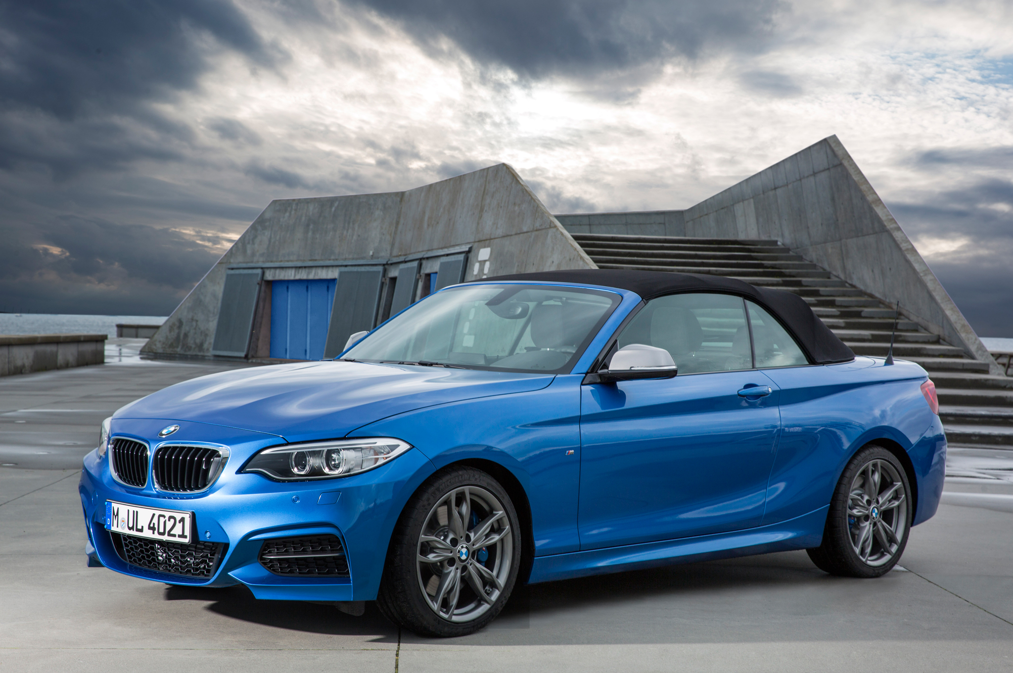 2015 BMW 2 Series Convertible First Look - Motor Trend