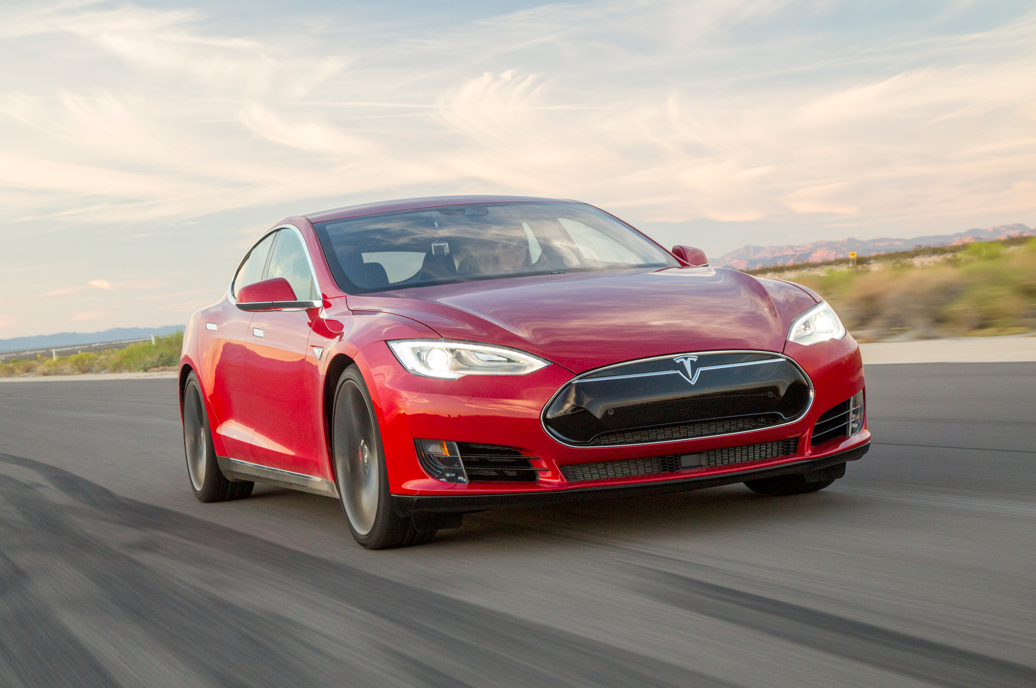 2015 Tesla Model S P90D w/Ludicrous Upgrade First Test