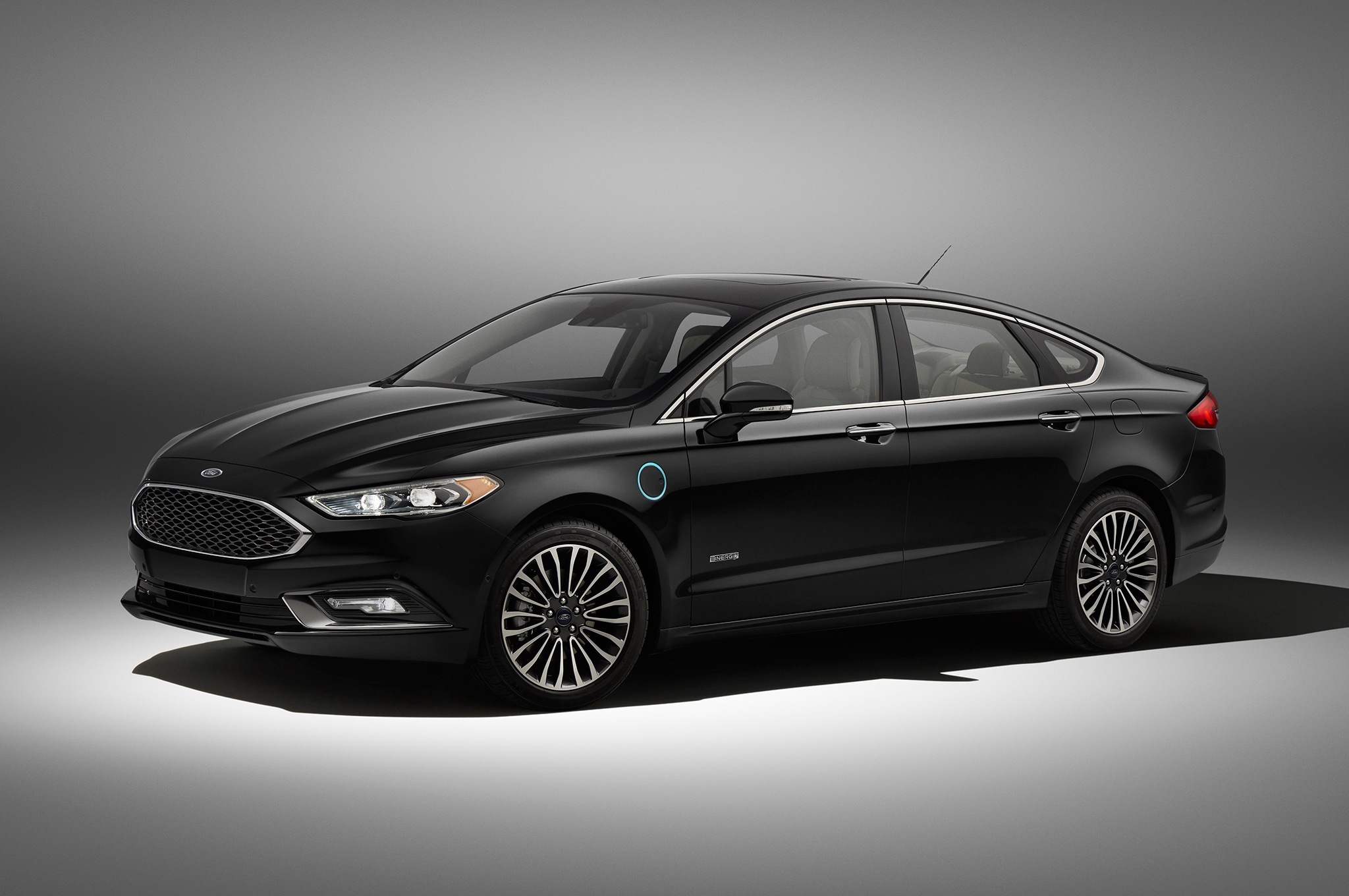 Reviewing fords 2017 fusion hybrids