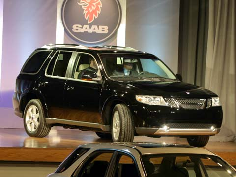 2004 saab 9 2x 2005 saab 9 7x first look road test review truck trend. Black Bedroom Furniture Sets. Home Design Ideas