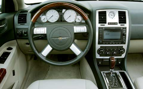 2005 Chrysler 300C First Test - Motor Trend