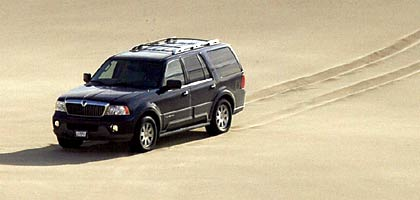 Road Test 2004 Lexus Lx 470 Vs Lincoln Navigator Ultimate 4x4 Vs