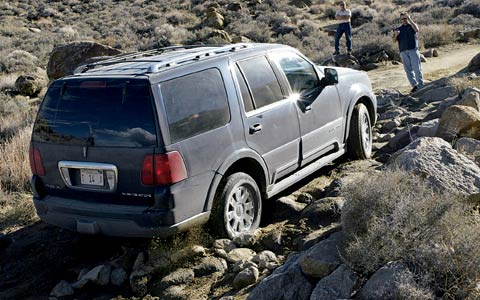 Fast Awd Cars >> 2004 SUV Comparisons - Luxury & Fullsize SUV Roadtests - Motor Trend