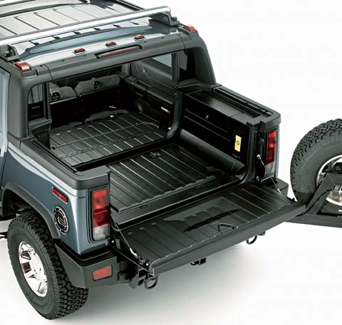 First Drive Hummer H Sut Z Hummer H Sut Open Tailgate Top Angle View on 2005 Dodge Ram Tailgate
