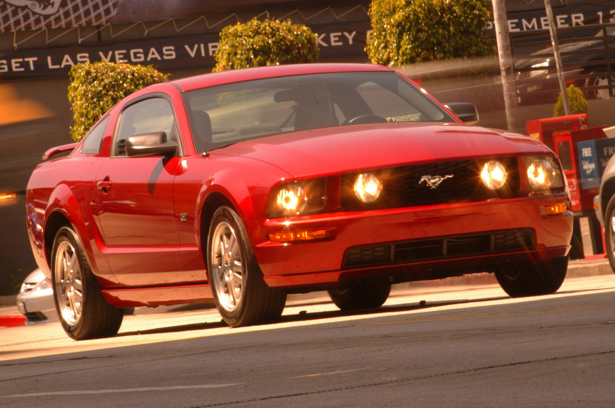 2005 Ford Mustang Gt Track Test Motor Trend 2006 The Head Light Switch Also Left Front Headlight
