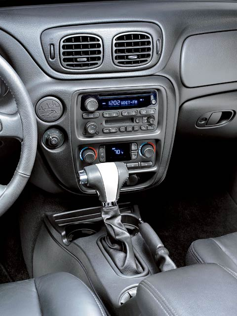 Z Chevrolet Trailblazer Ss Front Controls View on Chevy Engine Parts Diagram