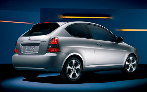 2007 hyundai accent hatchback photos 2006 chicago auto show motor trend. Black Bedroom Furniture Sets. Home Design Ideas