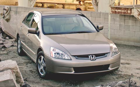 2006 Honda Civic Hybrid vs Toyota Prius vs  Honda Accord