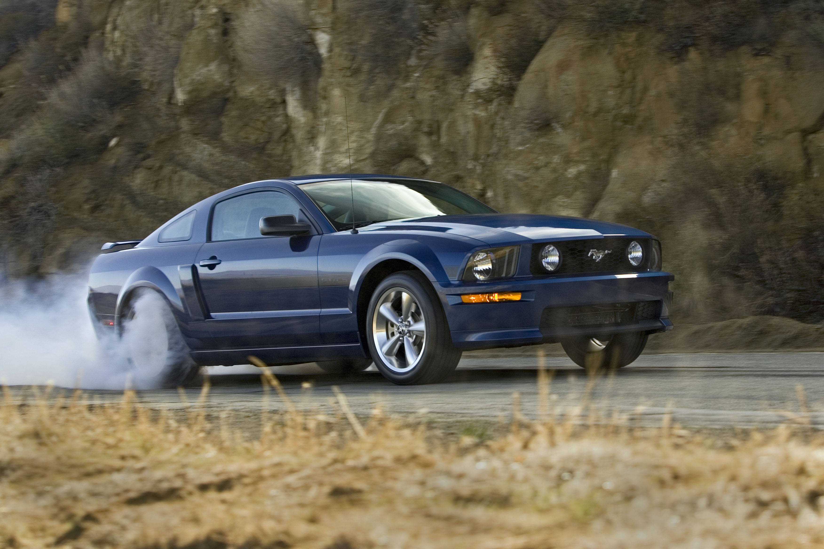 Quick drive 2007 ford mustang gt california special motortrend