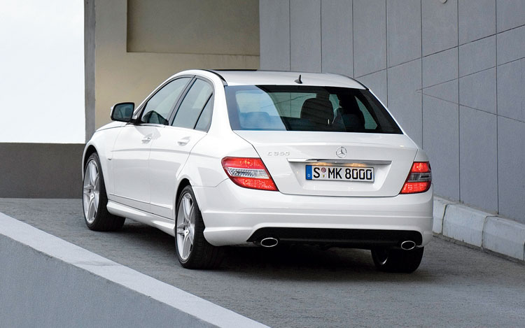 2008 mercedes benz c class first drive motor trend. Black Bedroom Furniture Sets. Home Design Ideas