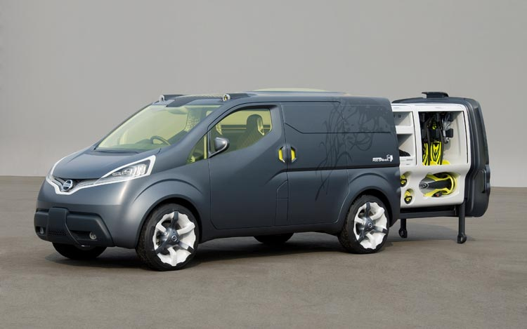 Nissan Round Box Nv2000 Intima Concepts Round Out Automakers