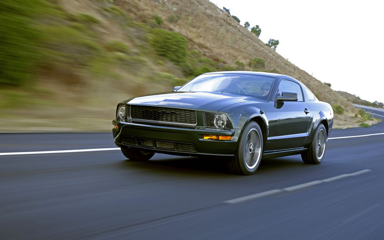 2008 ford mustang bullitt first test motor trend. Black Bedroom Furniture Sets. Home Design Ideas