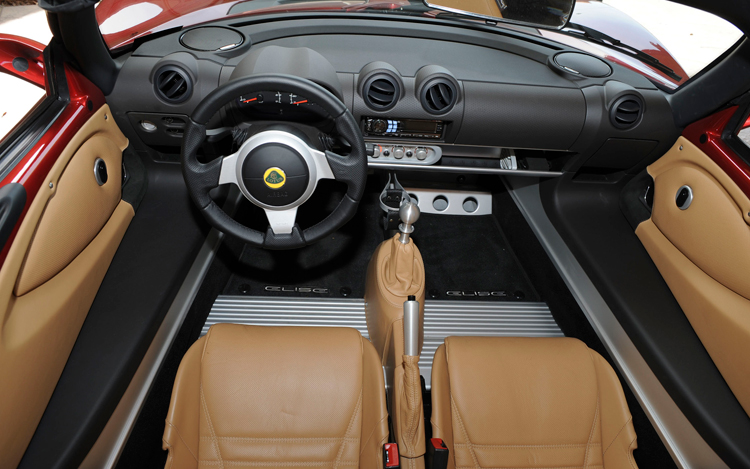 https://enthusiastnetwork.s3.amazonaws.com/uploads/sites/5/2008/04/112_0804_06z-2008_lotus_elise_supercharged-interior_view.jpg?impolicy=modalgallerygrid