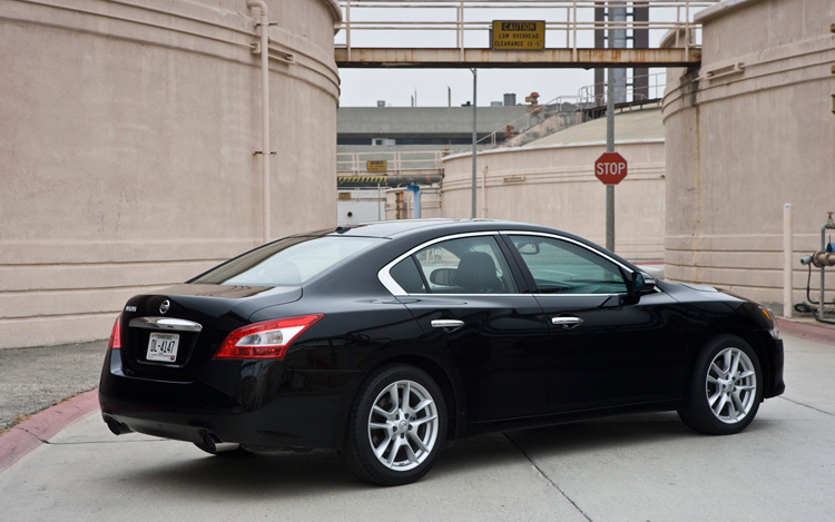 High Quality 2009 Nissan Maxima First Test