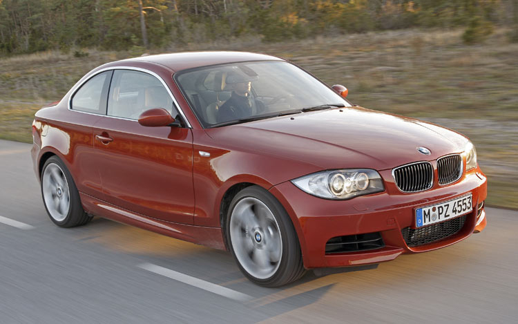 2008 bmw 1 series first test of the 2008 bmw 128i motor trend. Black Bedroom Furniture Sets. Home Design Ideas