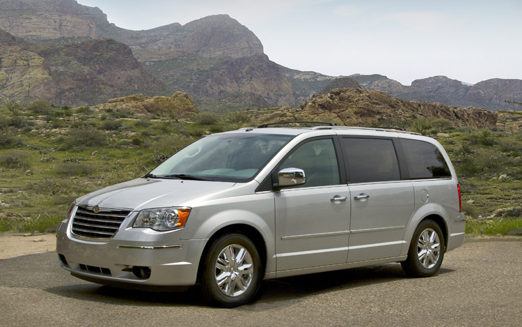 2009 Chrysler Town And Country Limited First Drive